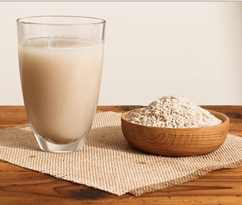 beneficios agua de arroz